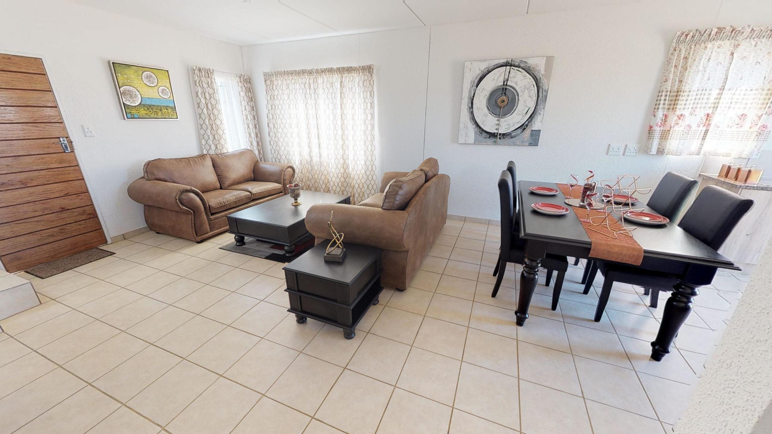 Savanna City, Homes for Sale in Walkersville, Gauteng - Lounge