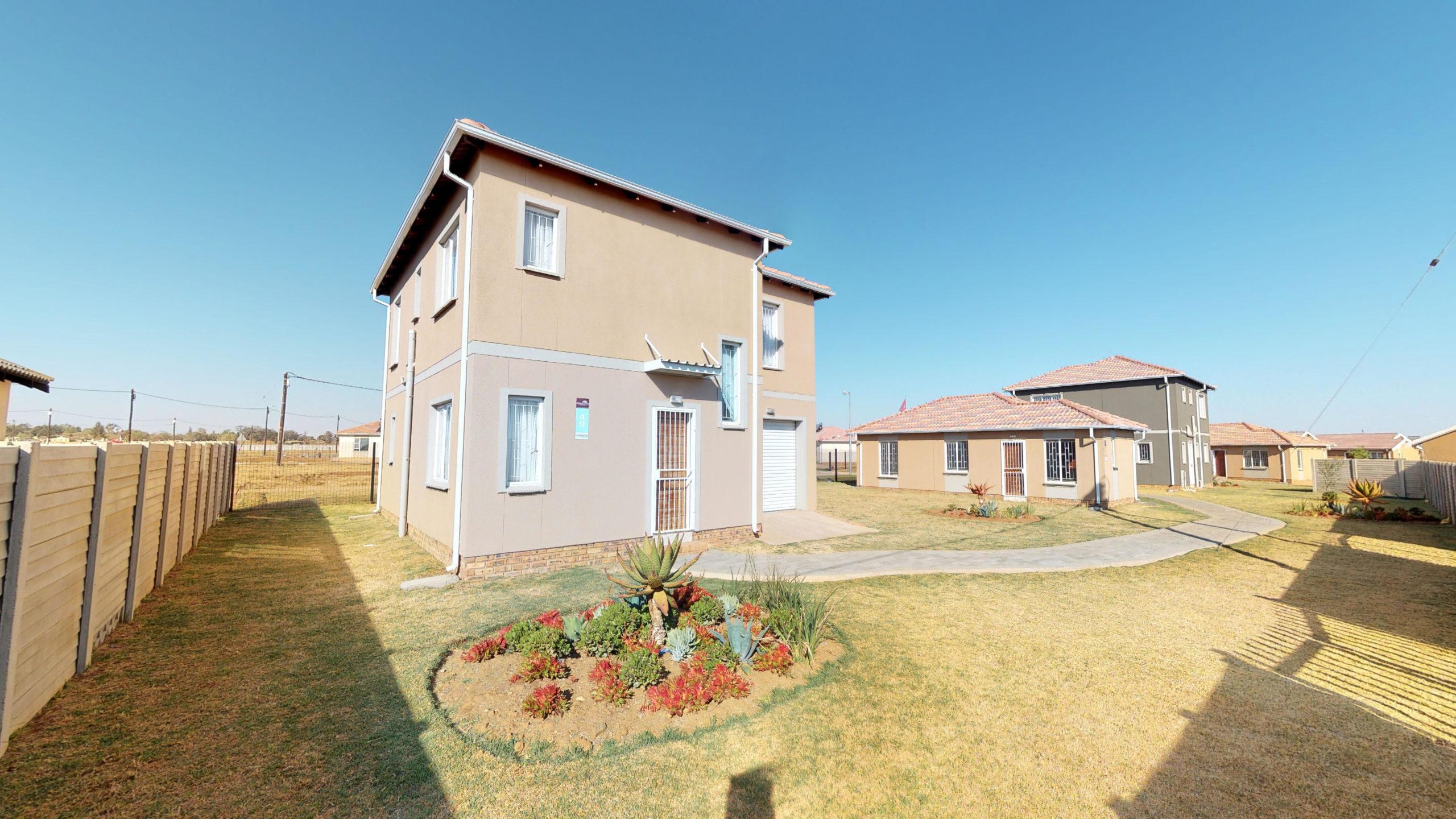Savanna City, Homes for Sale in Walkersville, Gauteng - Exterior
